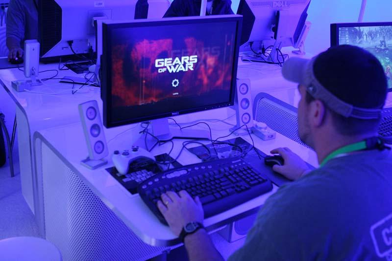 Hint для игры Gears of War Денис Давыдов aka. . Pro Evolution Soccer 2014 Патч